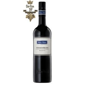 Vang Úc Wirra Wirra Adelaide Cabernet Sauvignon là loại rượu đầu tiên mà Greg Trott quá cố sản xuất dưới nhãn hiệu Wirra Wirra