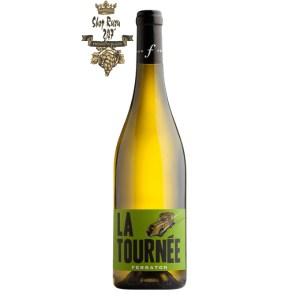 Rượu Vang Trắng Domaine Ferraton Pere & Fils La Tournee Blanc Vdf có mầu vàng nhạt ánh xanh. Hương thơm hiển thị của cam quýt