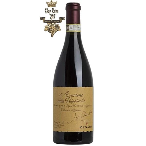 Rượu Vang Đỏ Zenato Amarone Della Valpolicella Sergio Riserva có mầu đỏ hồng dữ dội. Hương thơm mạnh mẽ của các loại quả như anh đào, anh đào Marasca