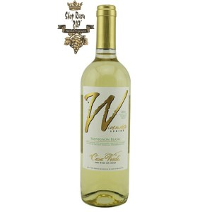 Winemaker Series Sauvignon Blanc có mầu vàng rơm nhẹ nhàng. Hương thơm quyến rũ của mận xanh, thảo mộc và trái cây nhiệt đới