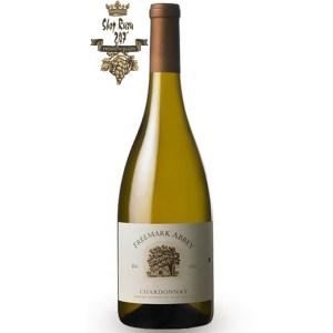 hương vị sống động của lê, cam quýt, táo xanh và chanh trên vòm miệng. Rượu Freemark Abbey Chardonnay làm nên độ ngọt ngào sang trọng của loại thức phẩm ấn tượng