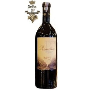 Rượu Vang Đỏ P Primitivo Del Salento Bramato có mầu đỏ ruby ánh tím. Hương thơm của quả mọng đỏ, mận, nho đen cùng gợi ý của hoa.