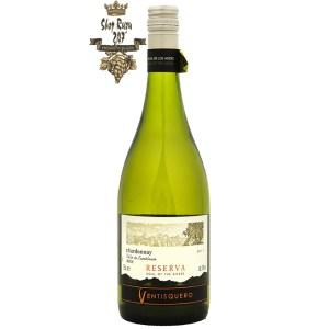 Chile Ventisquero Reserva Chardonnay có mầu vàng nhạt ánh xanh. Mũi cho thấy hương thơm của đu đủ và xoài cùng với mật ong, vani và bánh mì nướng