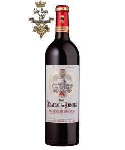 Rượu Vang Pháp Chateau Des Combes có màu đỏ ánh tím rực rỡ . Hương thơm phức hợp của các loại trái cây và gỗ sồi tạo nên một hương vị đặc biệt
