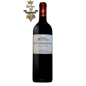 Rượu Vang Pháp Domaine des Graves dArdonneau red Cotes de Blaye có màu đỏ đậm đẹp mắt. Hương thơm quyến rũ