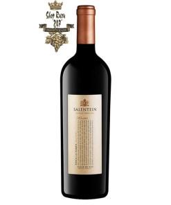 Rượu Vang Đỏ Salentein Single Vineyard Malbeccó mầu đỏ đậm. Hương thơm phức tạp của quả mọng đen