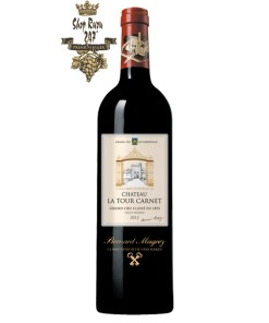 Rượu Vang Đỏ Chateau La Tour Carnet 2012 có mầu ruby tuyệt vời. Hương thơm của quả anh đào đen, phúc bồn tử cùng gợi ý của vani