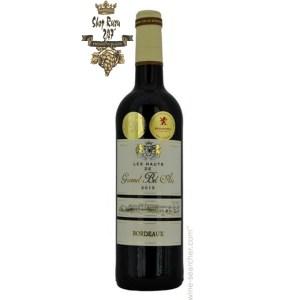 Rượu Vang Đỏ Pháp Chateau Les Hauts de Gromel Bel Air 2015 có mầu đỏ anh đào sâu đậm. Thích hợp thưởng thức trong các chuyến đi picnic