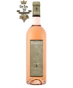 Rượu vang Pháp Moulin de la Roque Les Adrets Rose Bandol làm nên sự phát triển hài hòa của mùi hương trái cây chín