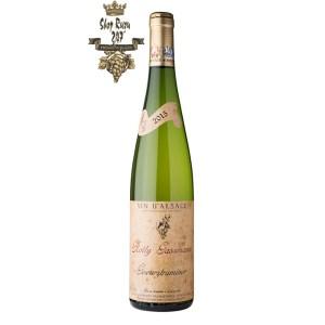 Rượu Vang Trắng Rolly Gassmann Gewürztraminer có mầu vàng rơm đẹp mắt. Hương vị thơm ngon đậm đặc của vải thiều, cánh hoa hồng và hoa violet