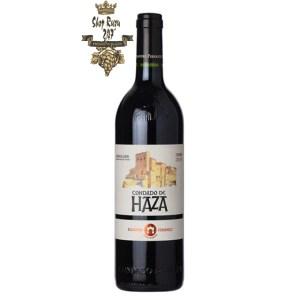 Rượu Vang Tây Ban Nha Condado De Haza có mầu anh đào đen. Hương vị của mận đỏ hòa quyện với hương thơm của cam thảo, tiêu đen