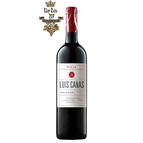 Dòng rượu vang đỏ Luis Canas Crianza được làm bằng những trái nho tinh tế Garnacha và Tempranillo. Với tính cách trẻ trung năng động