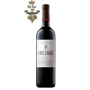 Rượu vang Luis Canas Reserva là chai rượu nổi tiếng ở đất nước này, với màu đỏ và hồng ngọc sáng. Đậm đà và thơm ngon, nốt hương trái chín đỏ