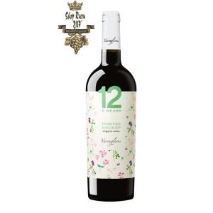 Các 12 E Mezzo Primitivo Organic là một loại rượu vang đỏ đơn thể hiện tất cả sự phong phú và cường độ của Apulia.