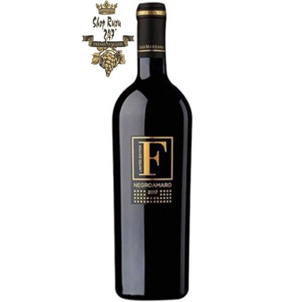 Rượu Vang Đỏ F Negroamaro Limited chính là phiên bản đặc biệt của Rượu Vang Đỏ F Negroamaro Salento I.G.P. Nó được sản xuất có giới hạn và nâng tầm cao hơn so với phiên bản rượu vang F ban đầu.