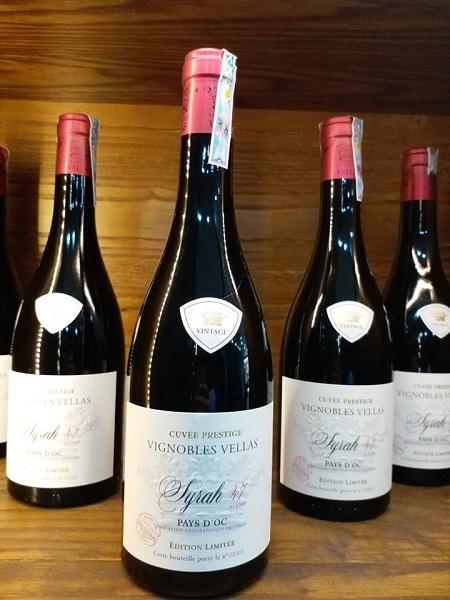Rượu Vang Pháp VIGNOBLES VELLAS SYRAH 47 CUVEE PRESTIGE trở nên tròn trịa và mạnh mẽ trong giai đoạn