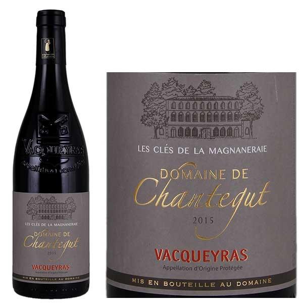 Rượu Vang Pháp VACQUEYRAS DOMAINE DE CHANTEGUT được kết hợp từ 5% Mourvèdre,60% Grenache, 35% Syrah.