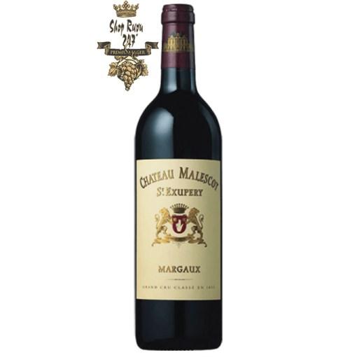 Vang Pháp Château Malescot St. Exupery Margaux Grand Cru Classé có màu đỏ tím sẫm với ánh đen huyền bí. Trên mũi, chúng thể hiện hương thơm