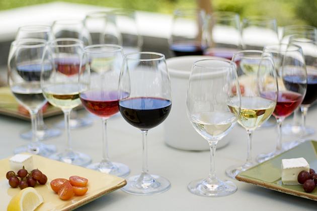 Kết hợp Rượu vang và thức ăn 1