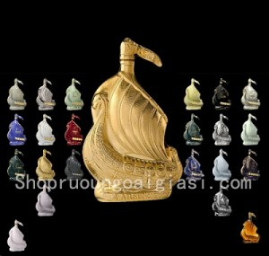 Rượu Cognac Larsen Viking Ship Golden Sculpture