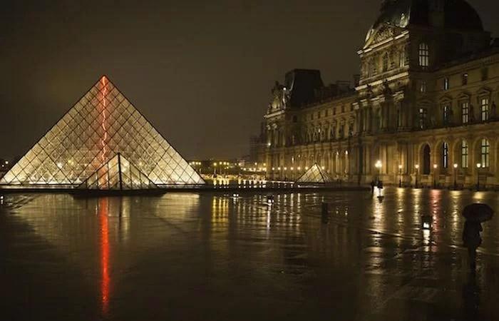 ЛУВР музей Париж