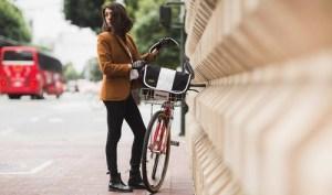 Timbuk2 classic messenger bag / original bike bag Singapore.