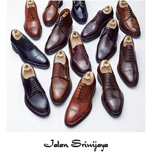 Jalan Sriwijaya shoes, available in Singapore.