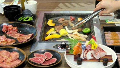 Tenkaichi Yakiniku restaurant's buffet dining, available in Singapore.