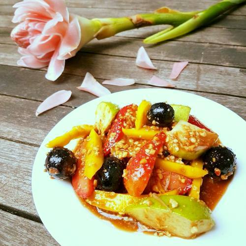 Penang Story Malaysian restaurant's Rojak Buah meal, available in Singapore.