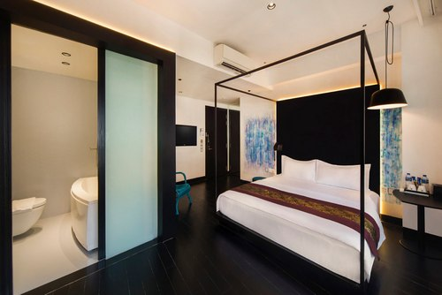 Guest room at XY Hotel Bugis Singapore.