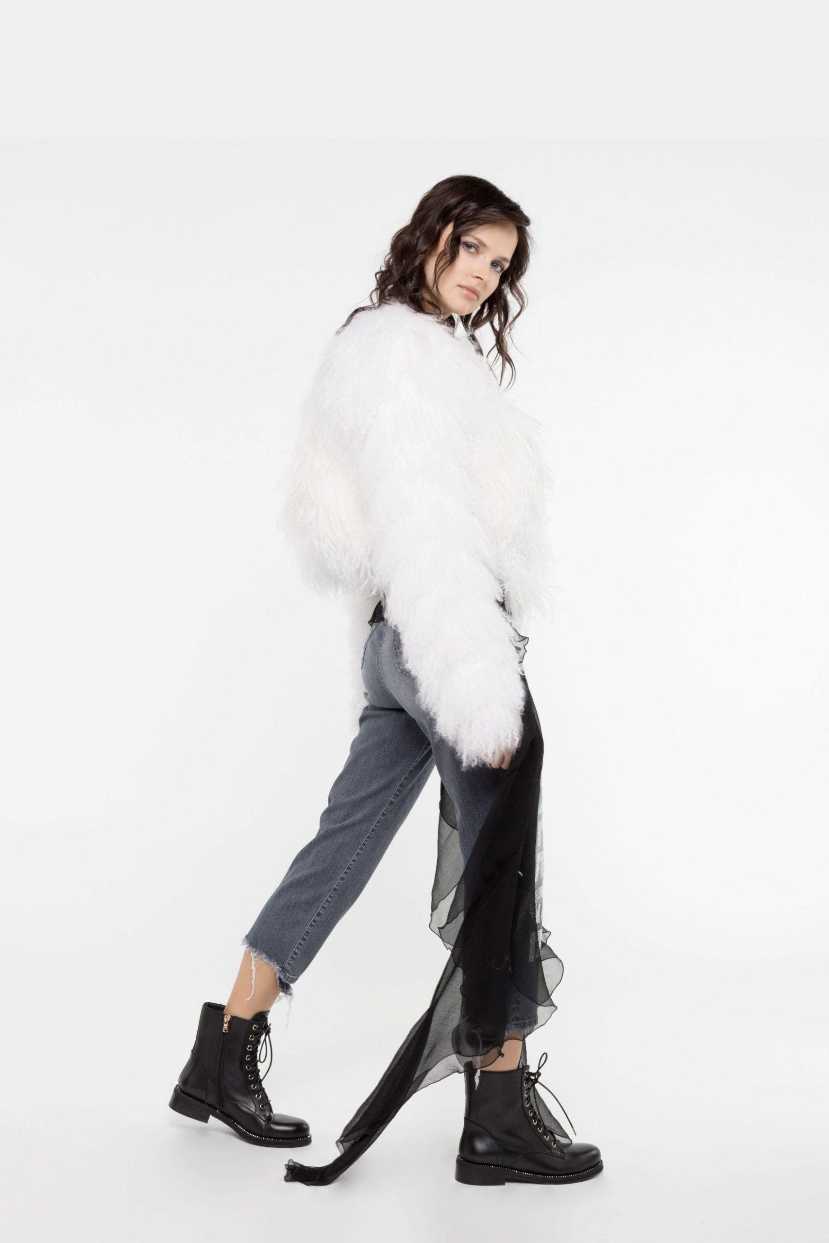 Abbigliamento Patrizia Pepe  Pelliccia Mongolia White female collezione 2020 shop the look