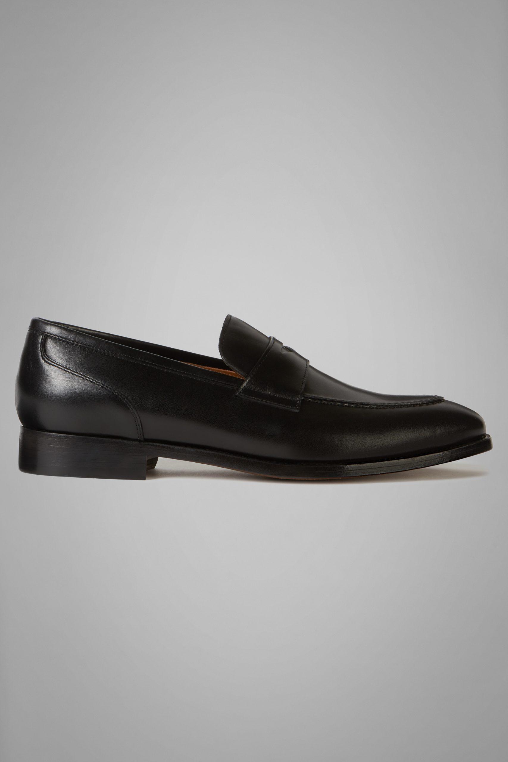 Scarpe Classiche da uomo in colore Nero in materiale