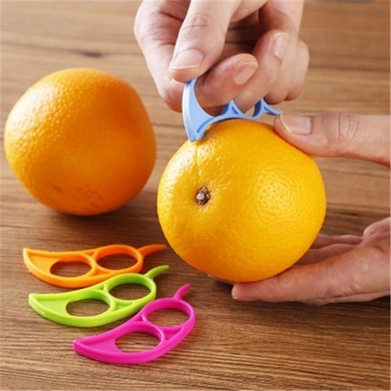Plastic Orange Peelers Zesters Lemon Grapefruit Fruit Slicer Opener Cutter Kitchen Gadgets At Random 7.4×3.4cm 1PC