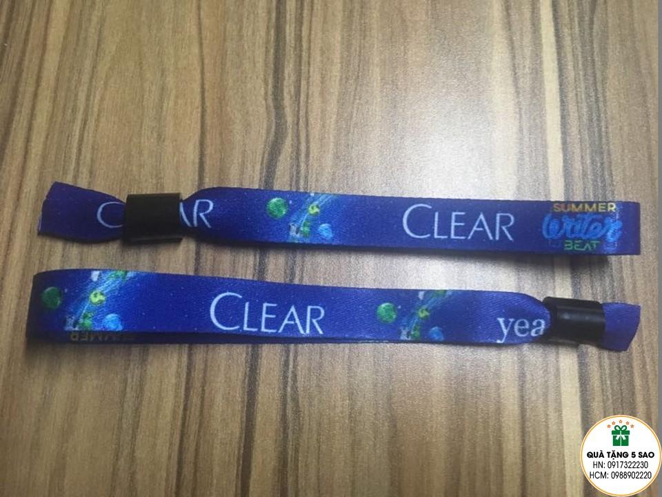 Vòng tay vải cho sự kiện Clear do Yeah1 tổ chức