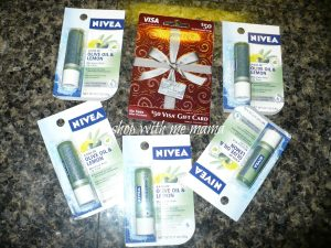 NIVEA A Kiss of Olive & Lemon Moisture Rich Lip Care