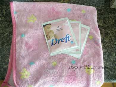Keeping My Daughter's Baby Blanket New Looking #dreftlaundry