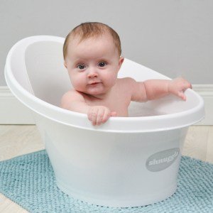 Shnuggle Bath Makes Bathing Baby Easier And Safer (giveaway)
