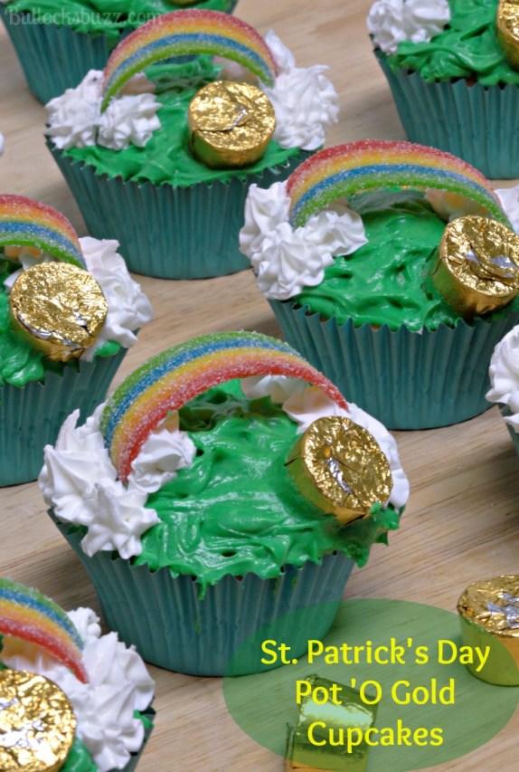 St. Patrick's Day Pot 'O Gold Cupcakes