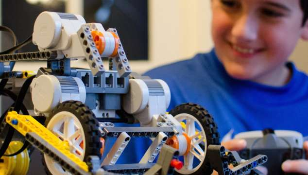 Open Your Own Franchise And Teach Kids About Robotics And Engineering