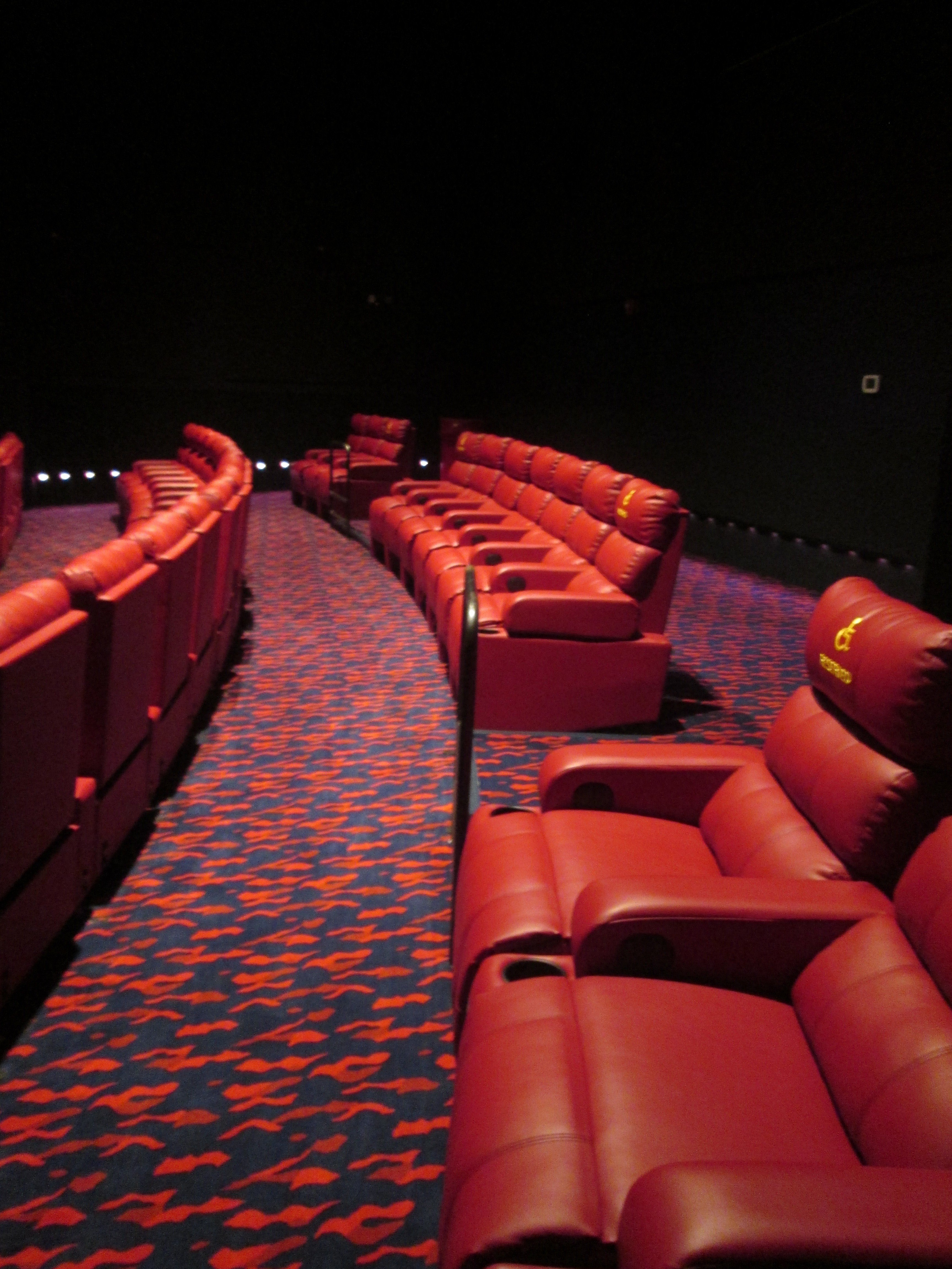 Reclining Chair Movie Theater Fox Sun Surf Cinema Debuts Enhanced Movie Experience With
