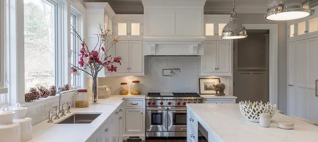 Should You Hire A Professional To Paint Your Kitchen Cabinets? CT