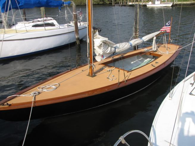 Timber Point Sloop