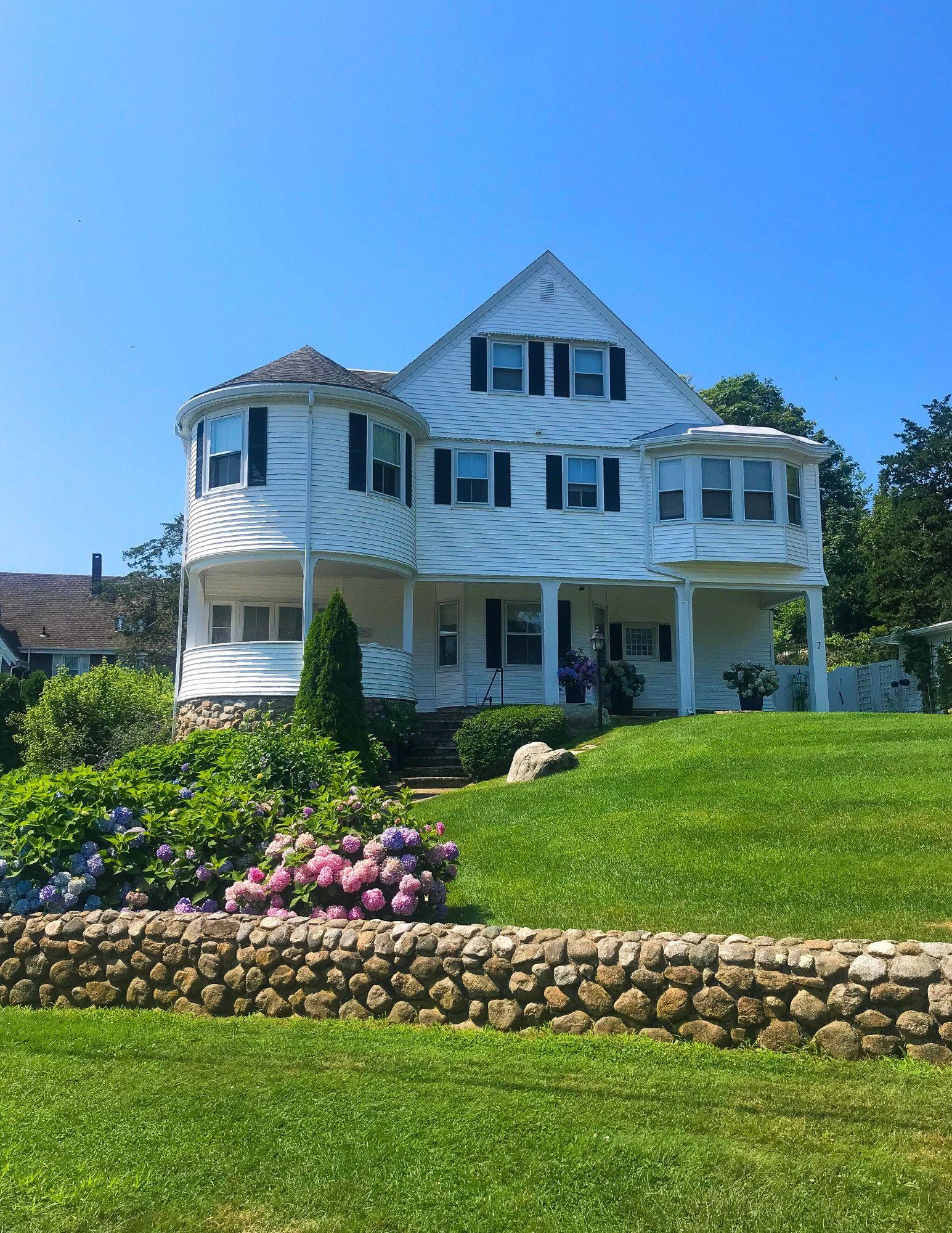 Watch Hill Rhode Island Travel Guide-29