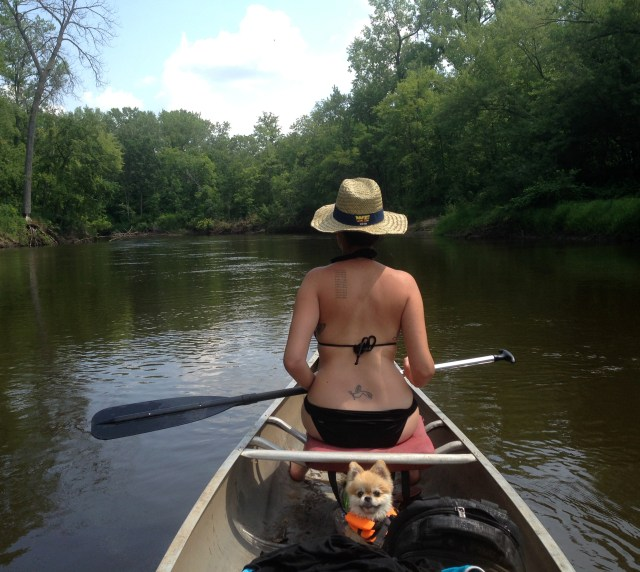 RV Activity, canoeing with the dog