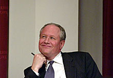 William Kristol at the 2004 Theodore H. White lecture on Press and Politics.