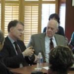 David Rohde and Shorenstein Center director Alex S. Jones.