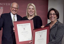 Alex S. Jones with the winners of the 2009 investigative-reporting prize, Debbie Cenziper and Sarah Cohen.