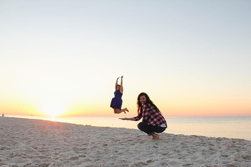girls weekend sunrise beach photography gulf shores panama city beach portraits myrtle beach family photography lifestyle photographer destin