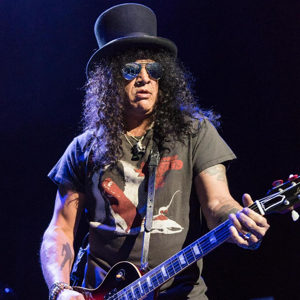 Slash Apollo live