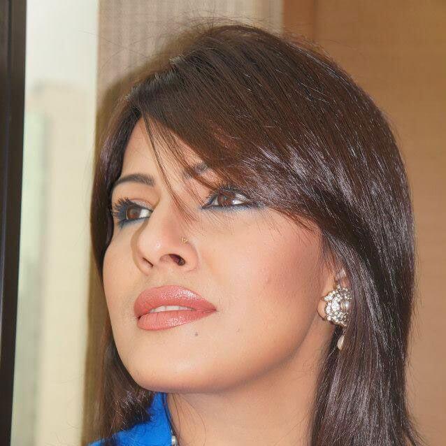 Actress Tinni